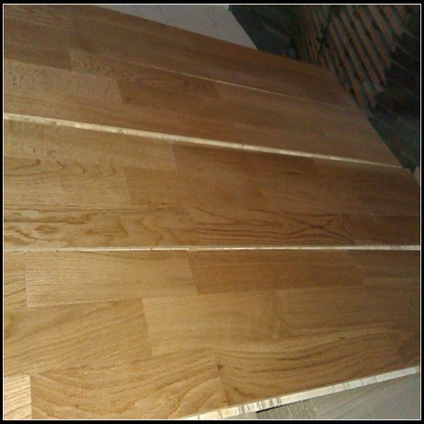 3 Layer 3 Strip Engineered Oak Flooring