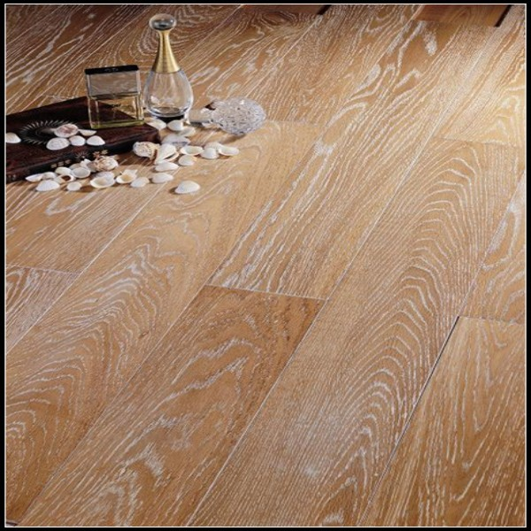 Brushed White Oiled Engineered Oak Flooring