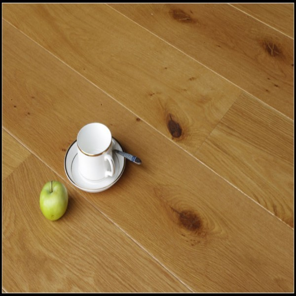 Natural UV Lacquer Oak Engineered Wood Flooring