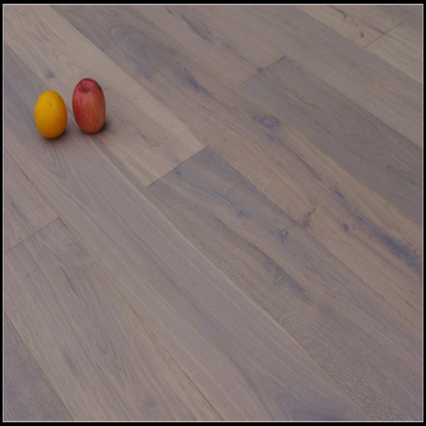 Smoked Brushed&White Lacquer Oak Wood flooring